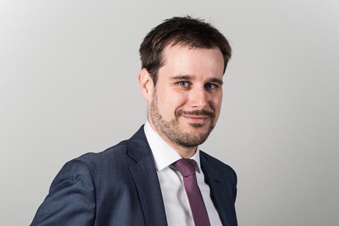 Andreas Stepnitzka, Efama